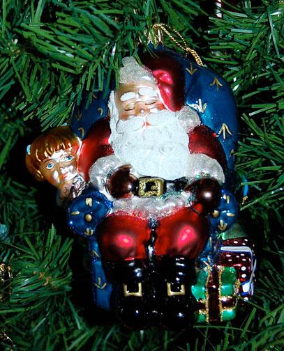 Santa-ornmtW